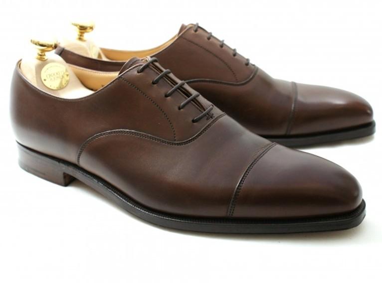 Comment choisir ses chaussures les essentiels pour homme - Comment cirer ses chaussures sans cirage ...
