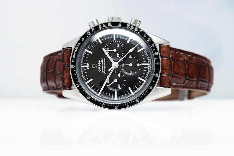 montre homme omega speedmaster. Black Bedroom Furniture Sets. Home Design Ideas