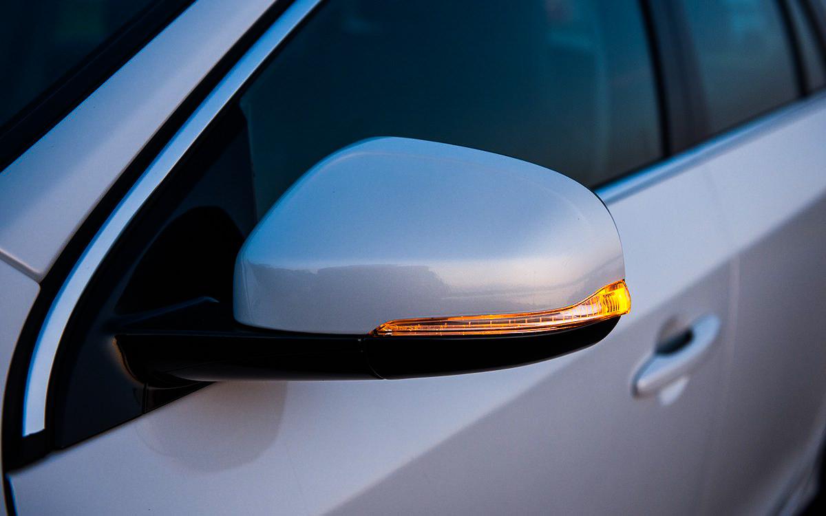 Volvo v60 hybrid test avis carosserie clignotant_