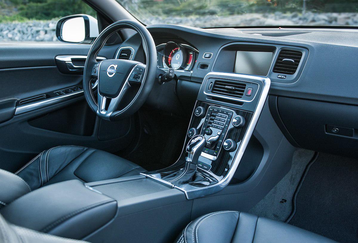 Volvo v60 hybrid test avis intérieur cuir volant verygoodlord