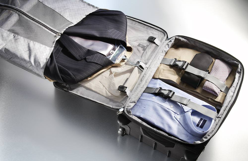 Comment plier son costume dans sa valise ? Verygoodlord | Blog mode homme
