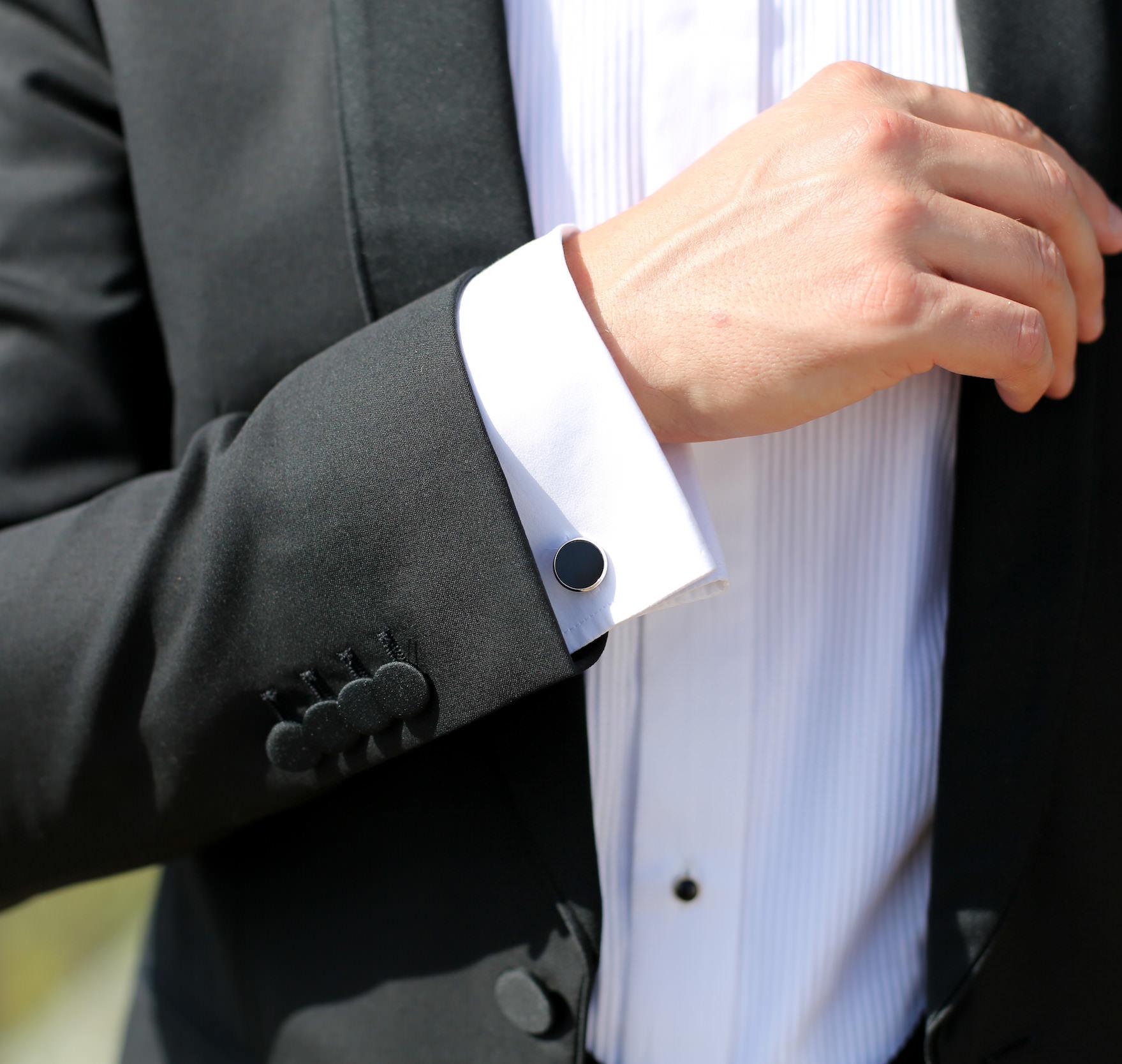 sensation de confort bien Design moderne Comment choisir et porter un costume smoking pour homme ?