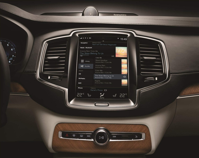 Nouveau Volvo XC90 2014 Stockholm console centrale tactile apple car play android