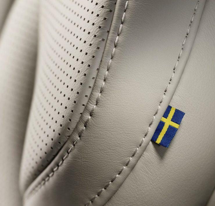 Nouveau Volvo XC90 2014 Stockholm photo siege cuir drapeau suede