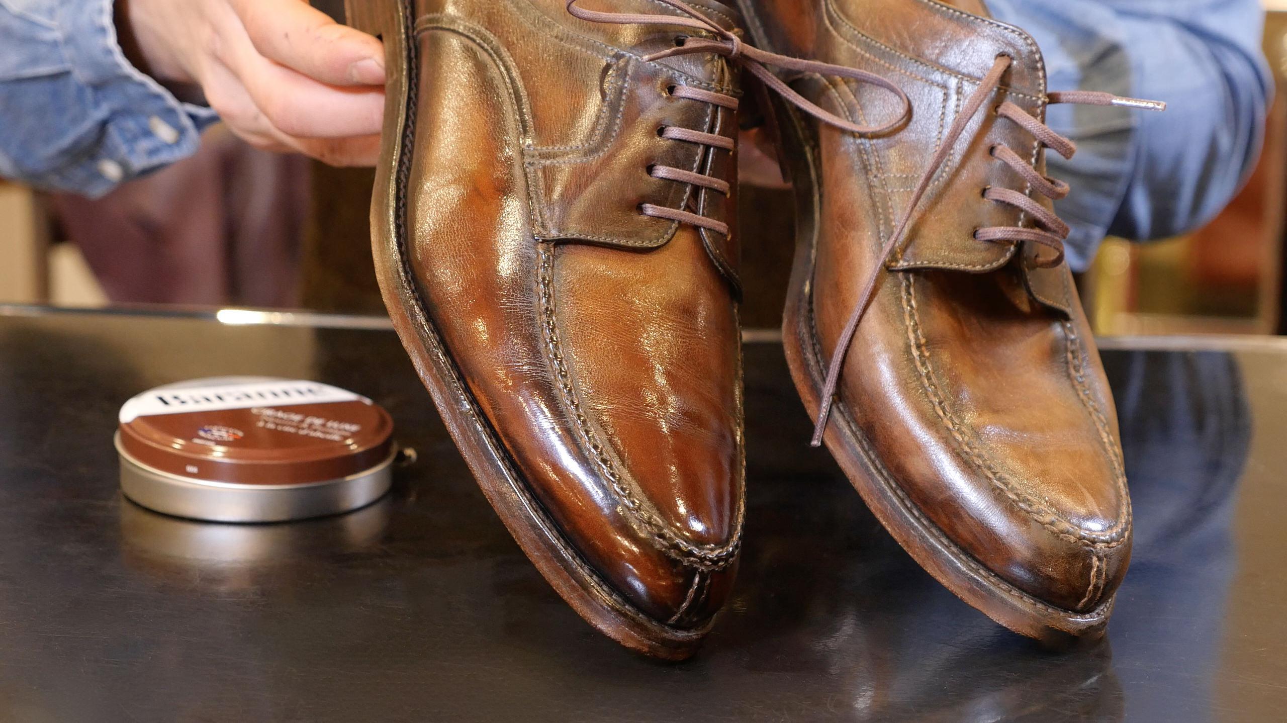 soulier glacés cuir