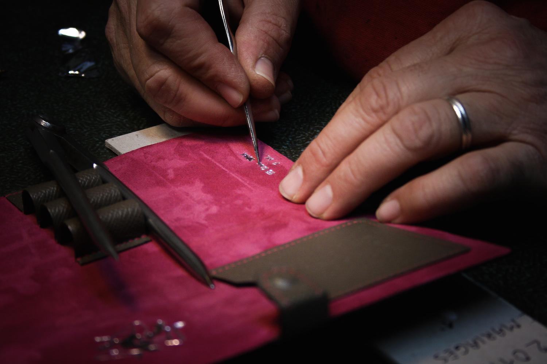 gravure cuir sur mesure