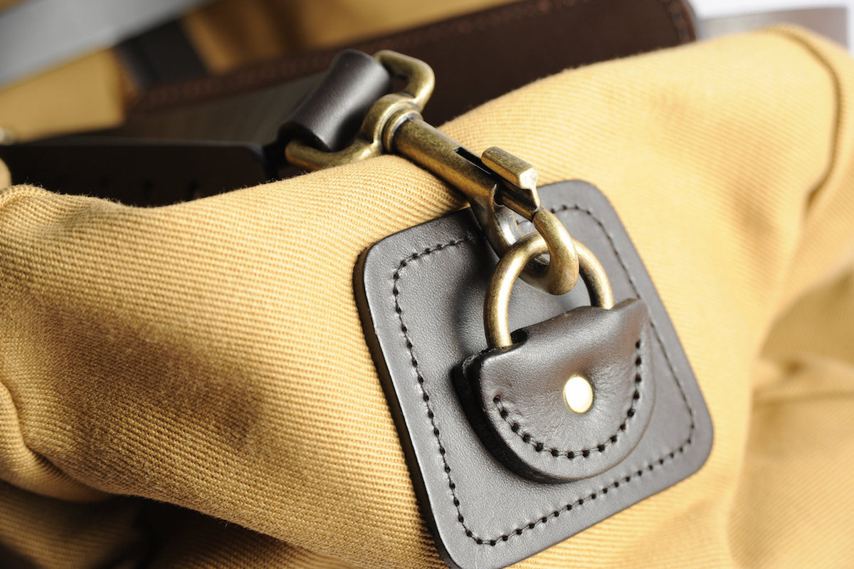 filson duffle tan small test avis accroche solide