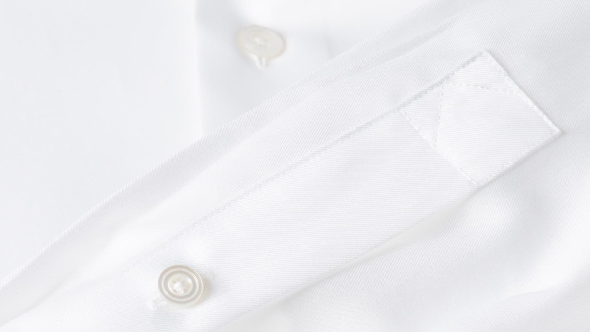 patte de capucin chemise