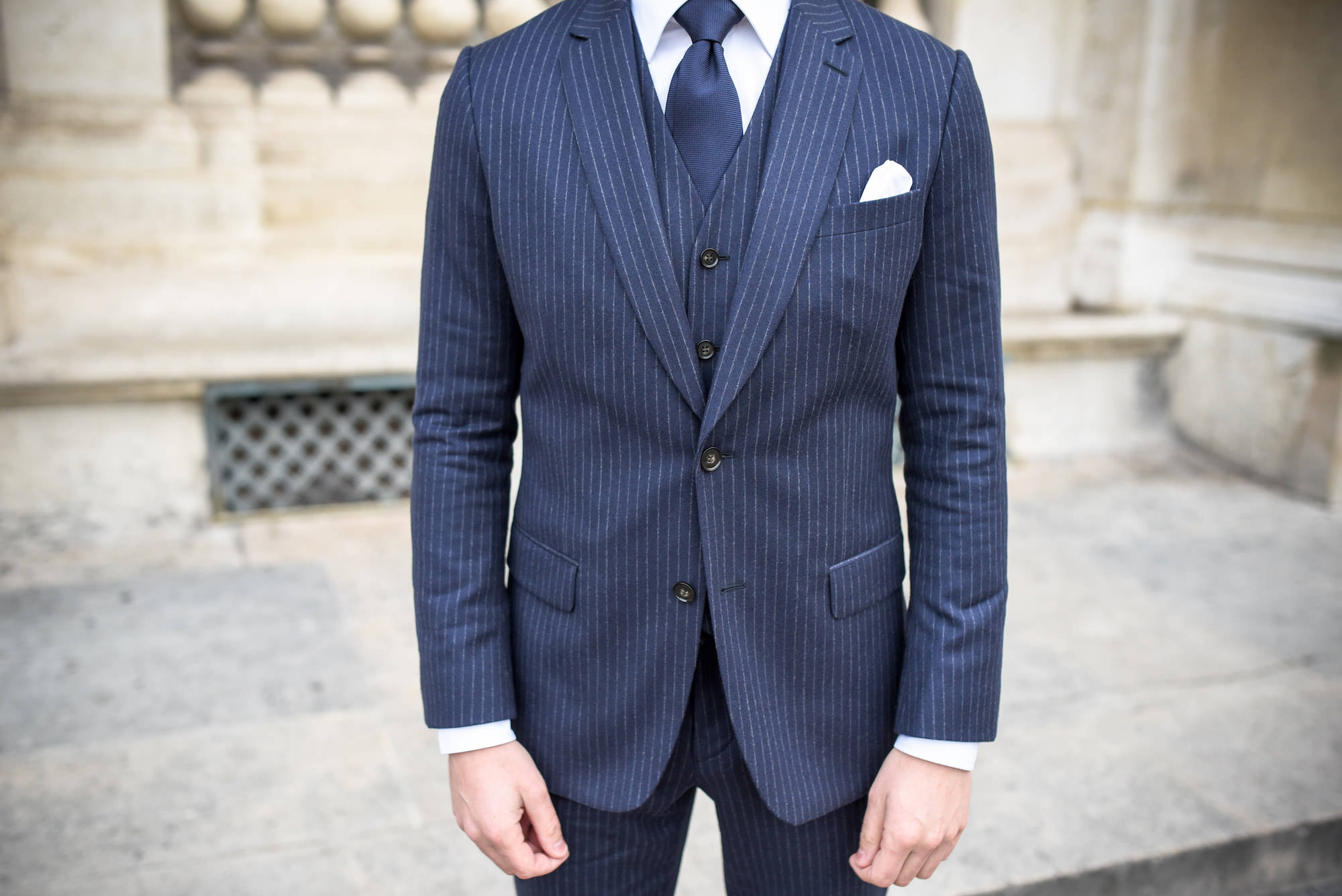 costume rayé homme