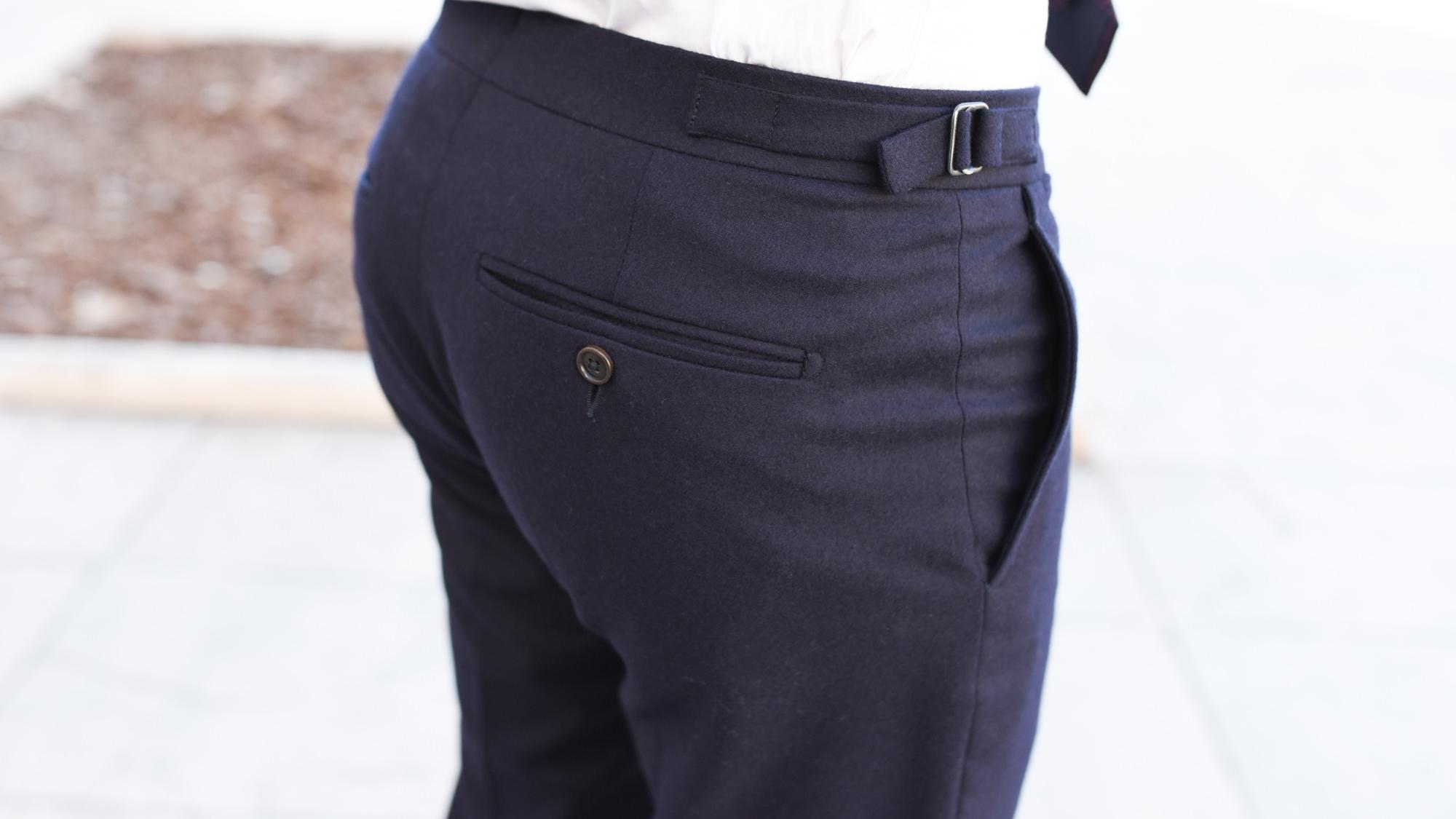 poches arrières costume