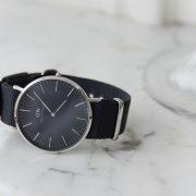 montre-daniel-wellington-classic-black