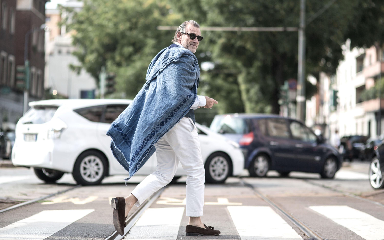 comment choisir et porter un pantalon blanc pour homme. Black Bedroom Furniture Sets. Home Design Ideas
