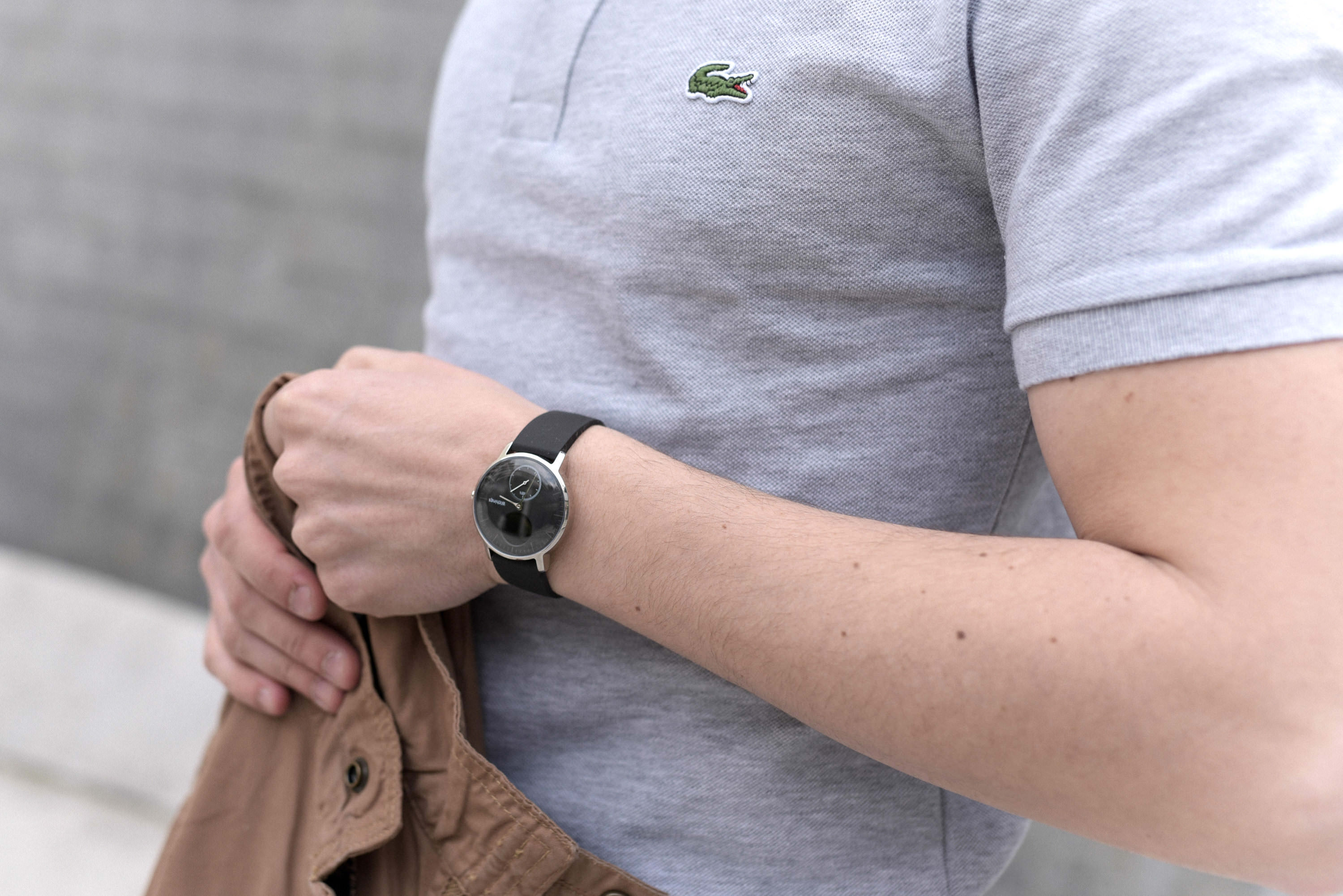 montre connectee withings portee