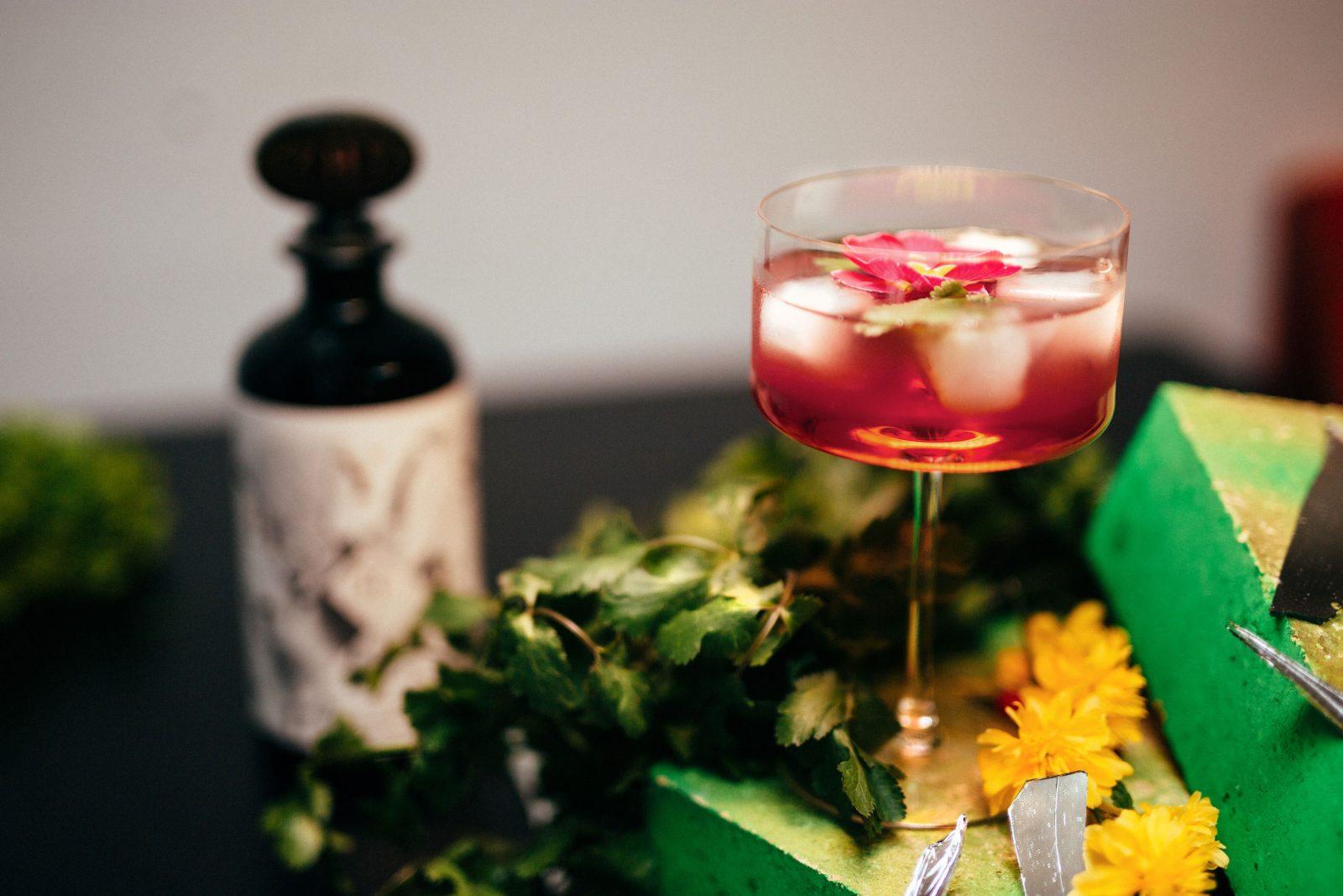 cocktail time TWIGG FIZZ