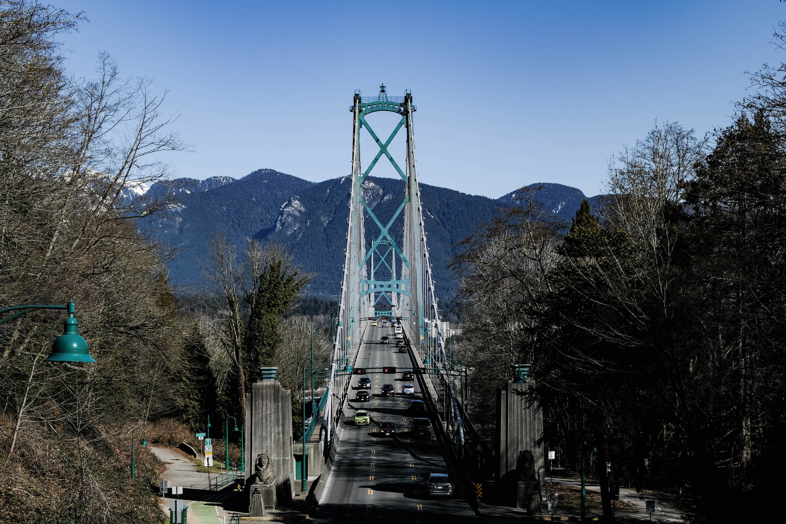 lion gate bridge vancouver