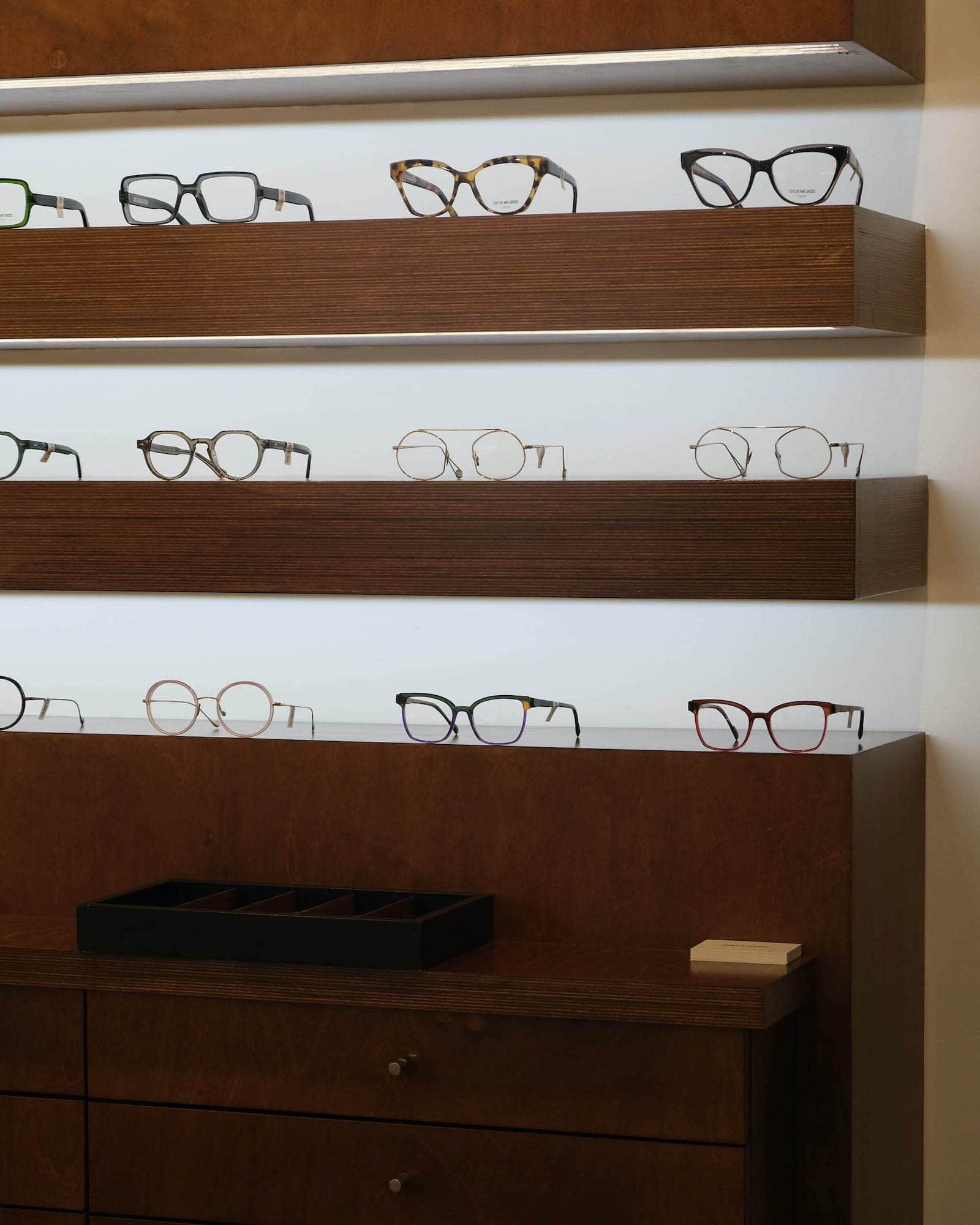 lunettes etagere milan lunetier