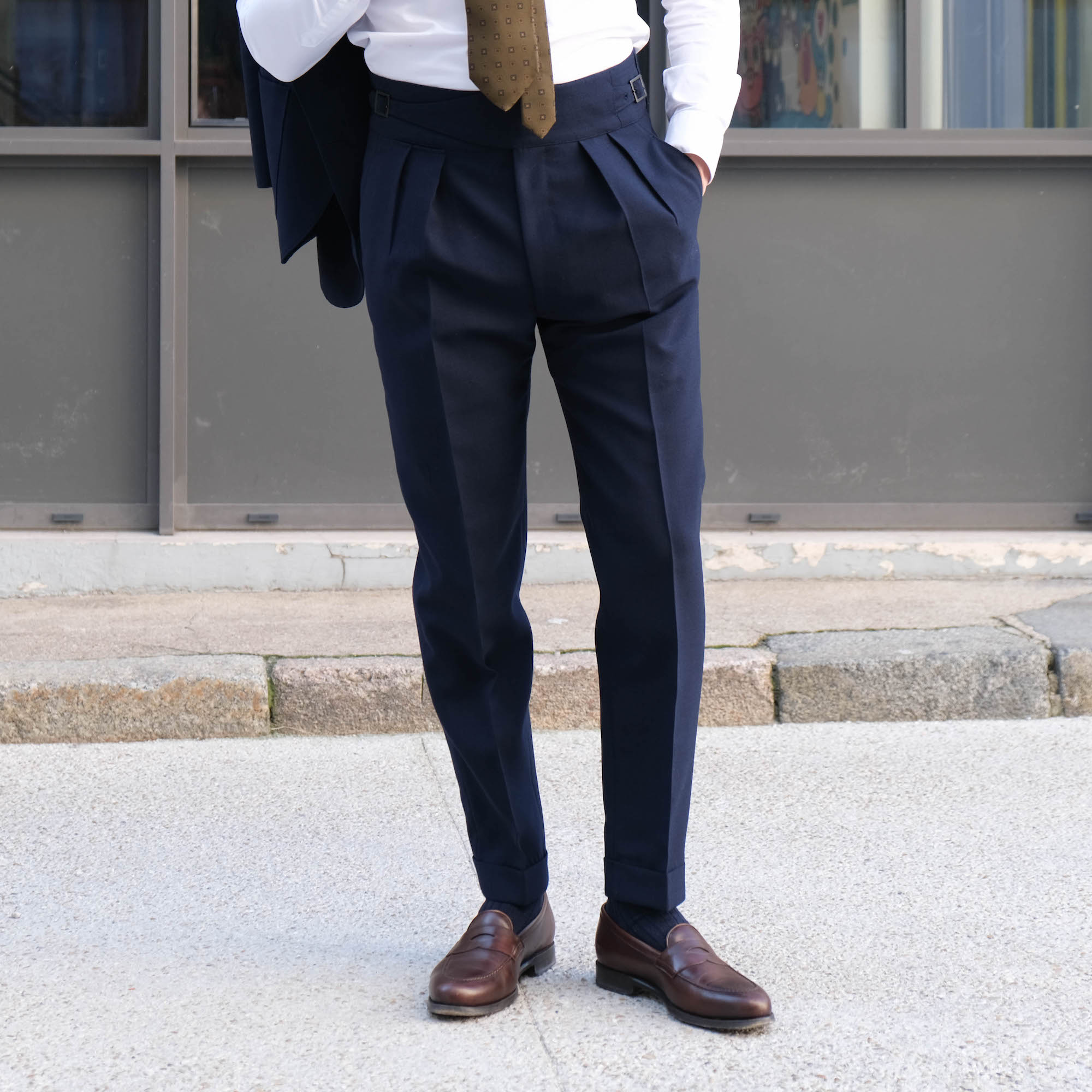pantalon a pinces francaises