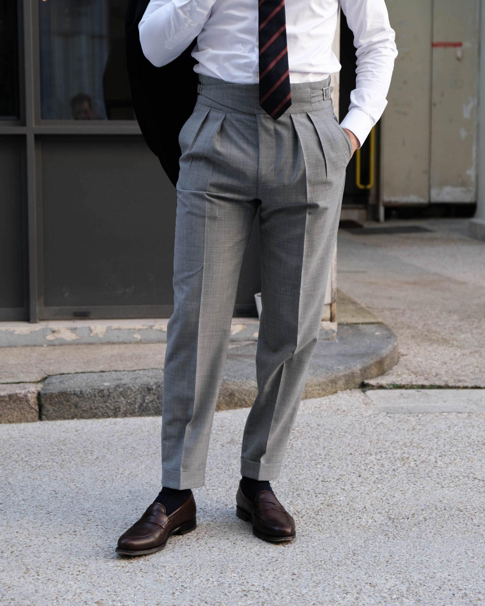 pantalon gurkha details