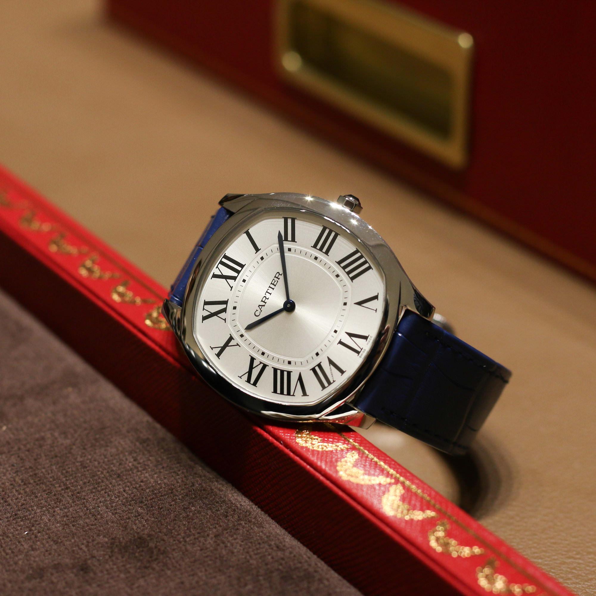 Cartier drive extra-flat or blanc 2018 bracelet bleu