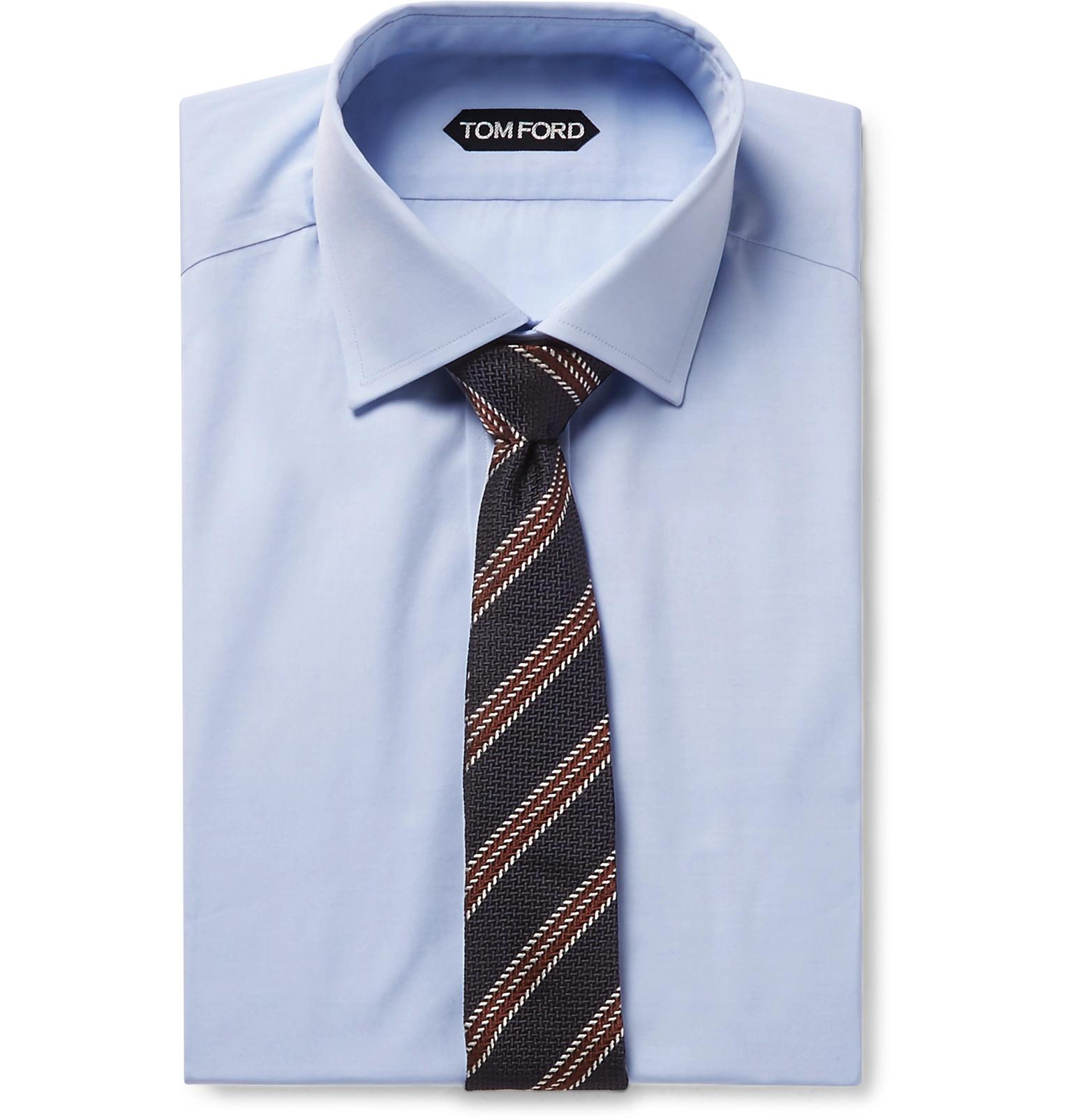chemise bleu cravate motifs