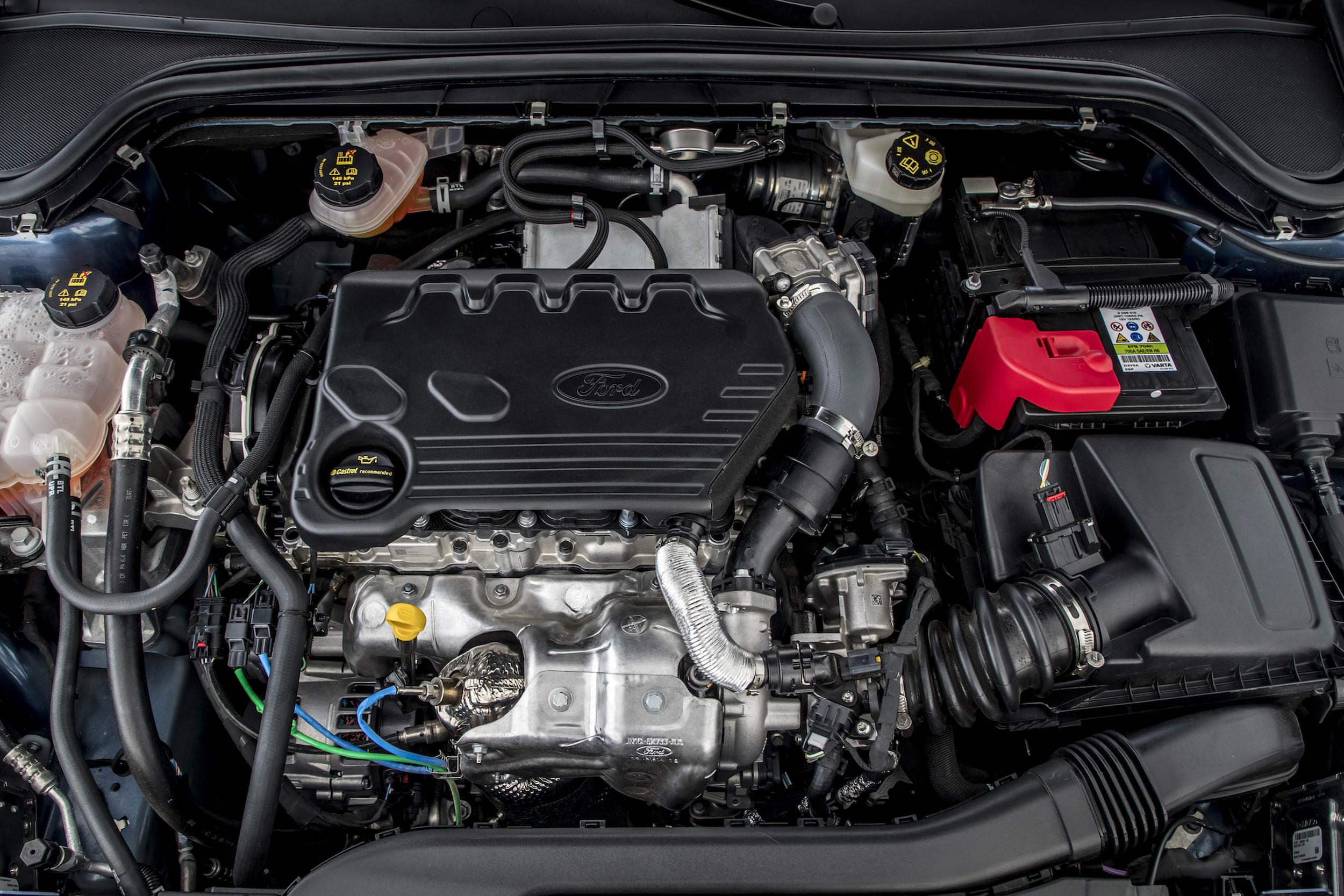 moteur interieur ford Focus 2018