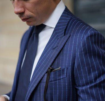 tissu costume bleu raye blanc atelier mesure