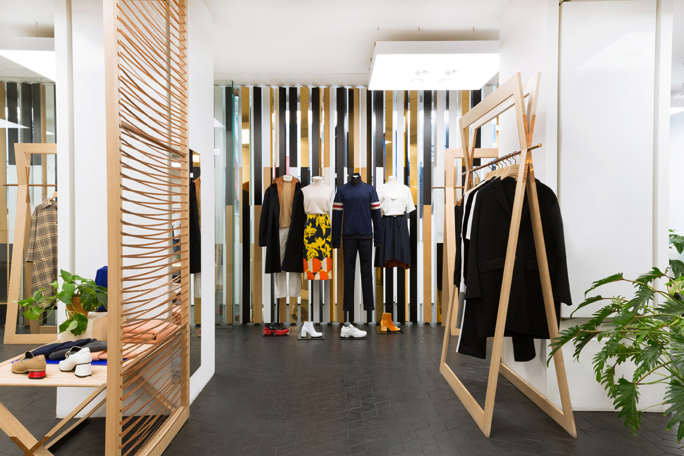 TomGreyhound Boutique paris interieur