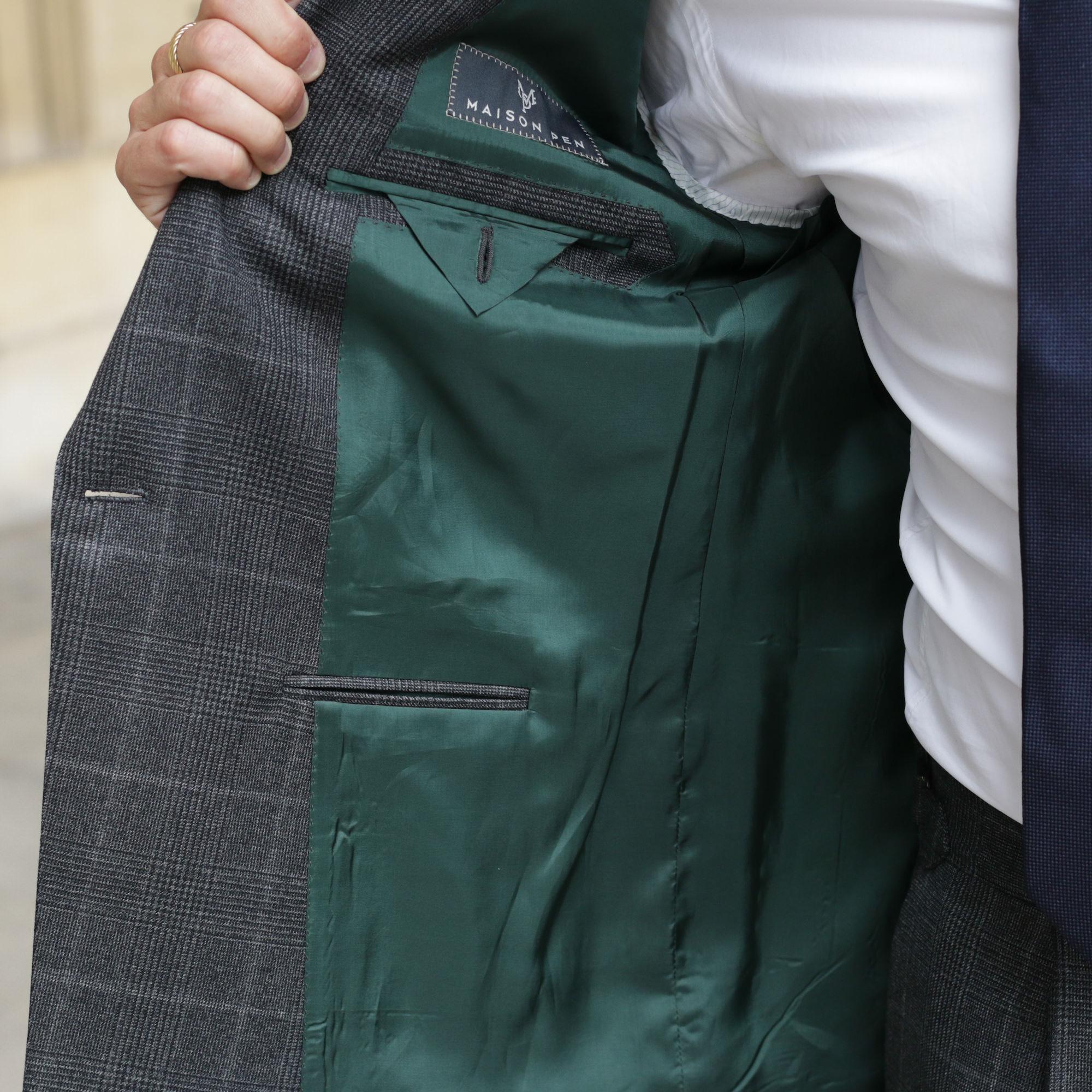 costume interieur vert