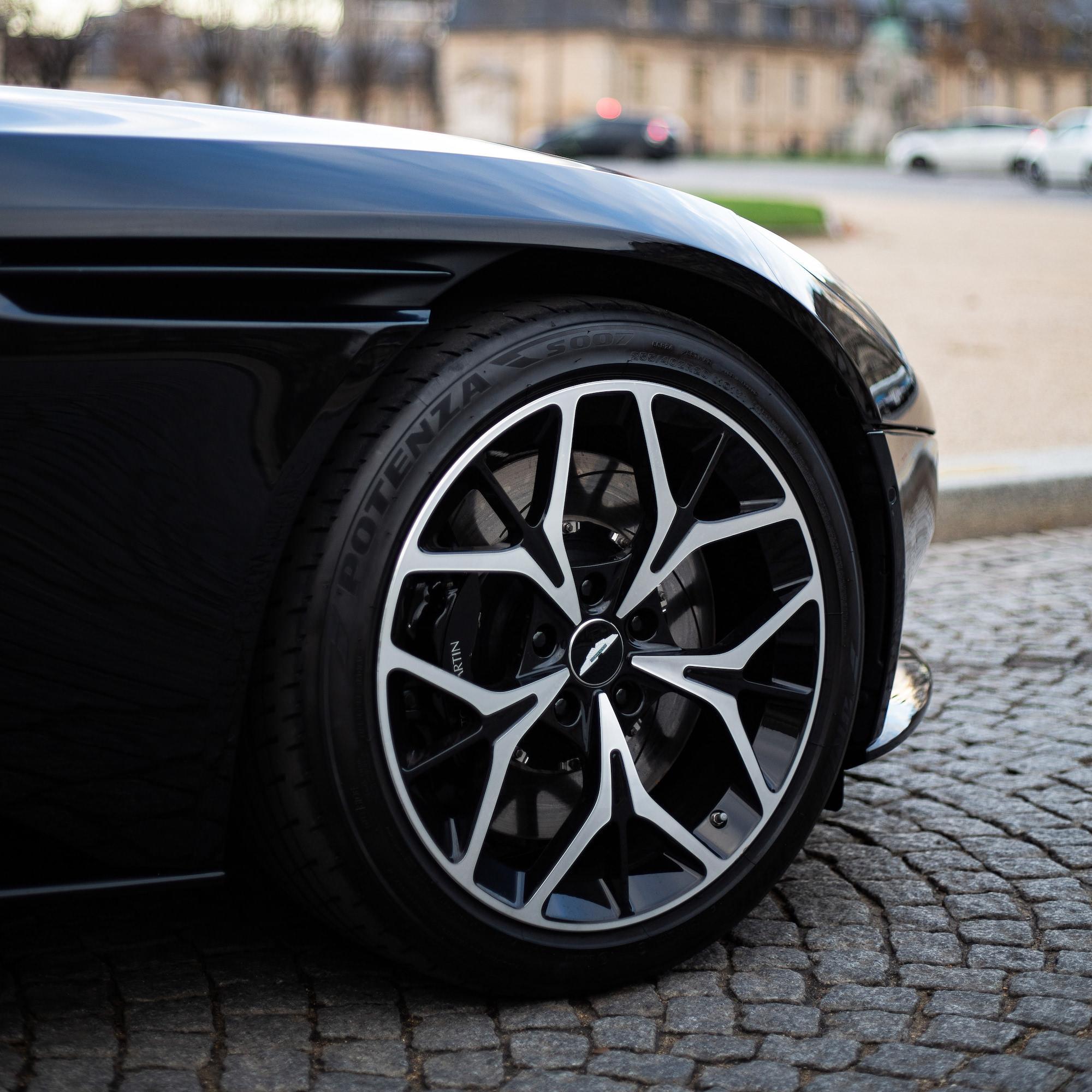 jante Aston Martin