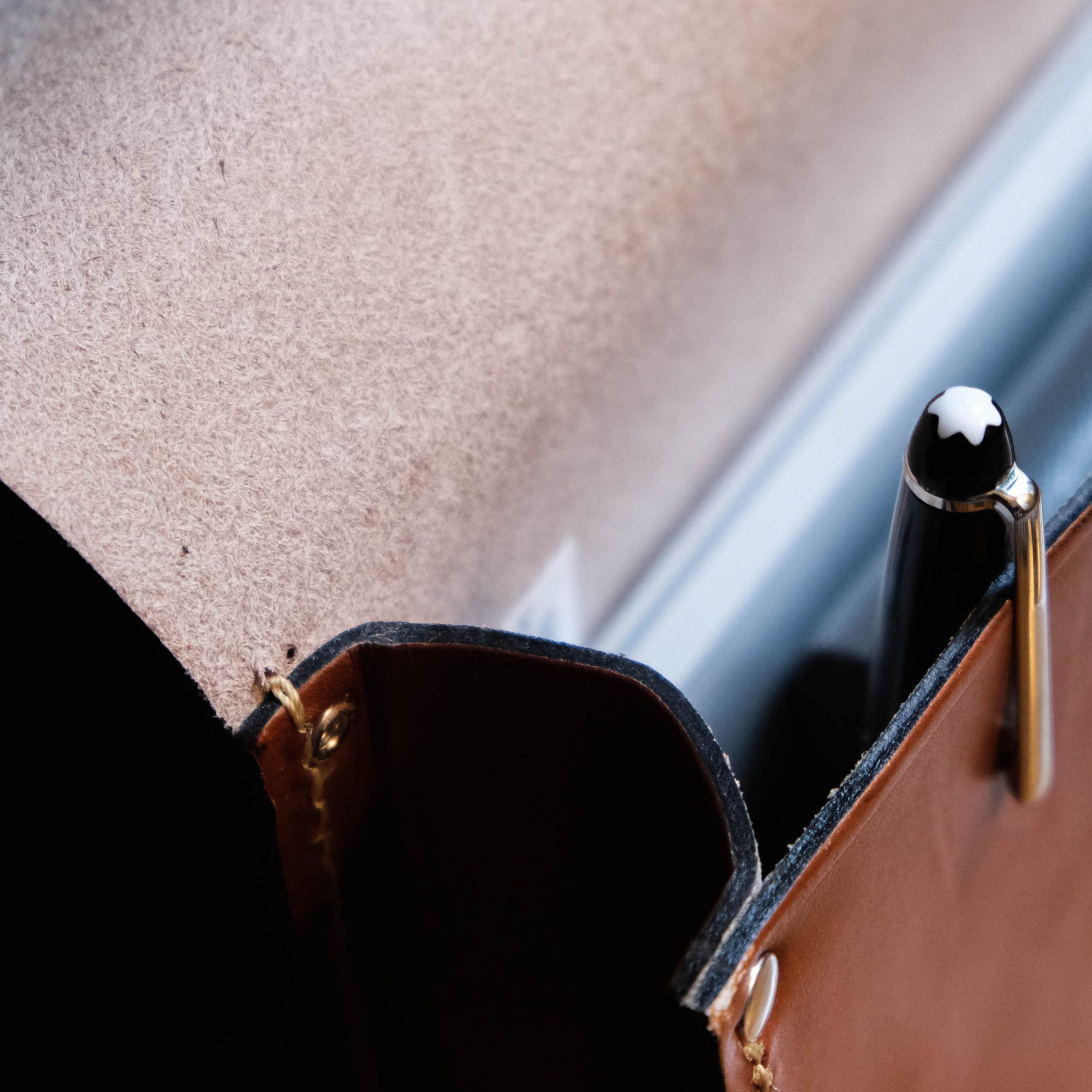 couture sa cuir stylo montblanc