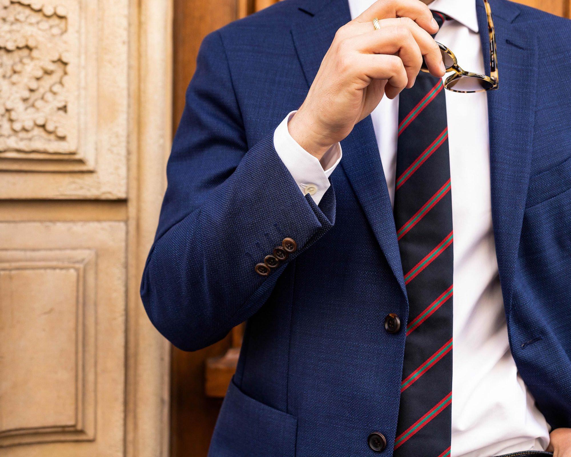 bouton manche veste homme