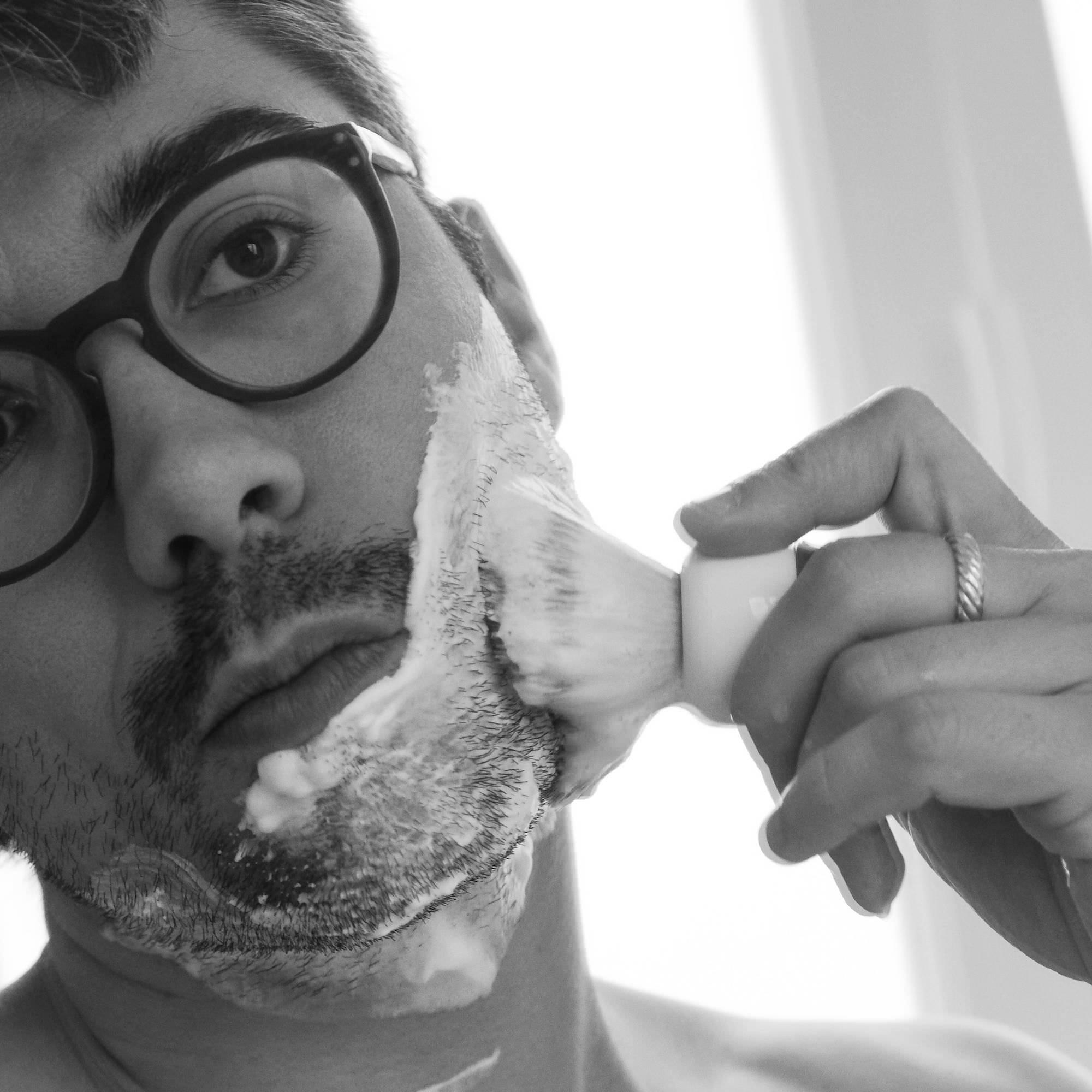 rasage traditionnel au blaireau