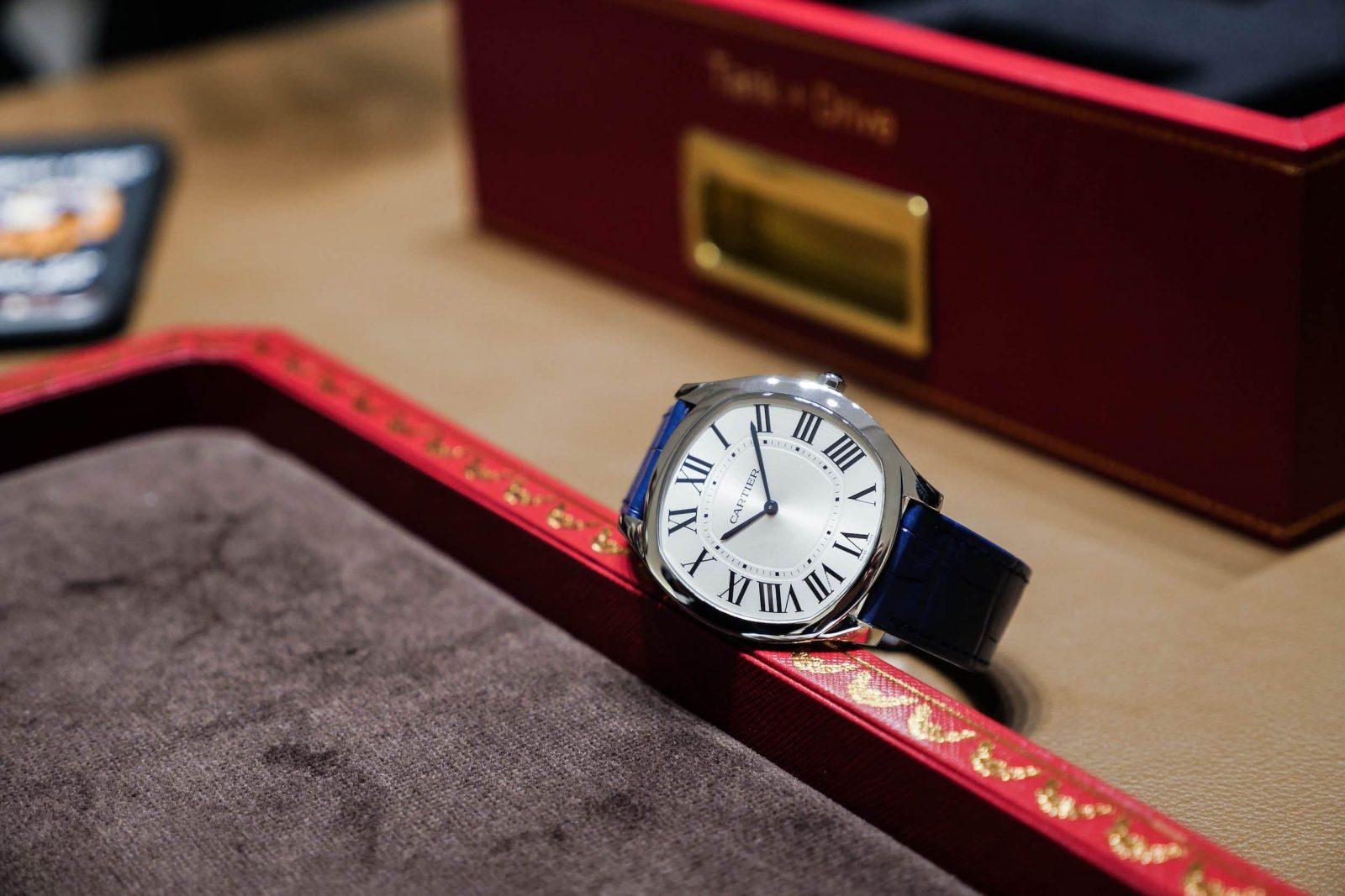 Cartier Drive boitier acier bracelet cuir bleu