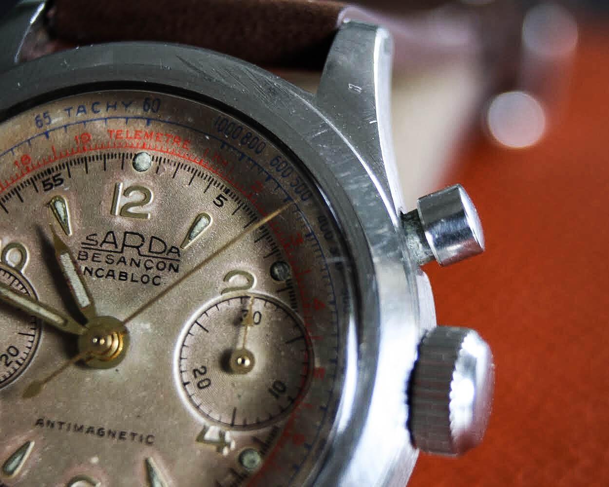 poussoir montre sarda