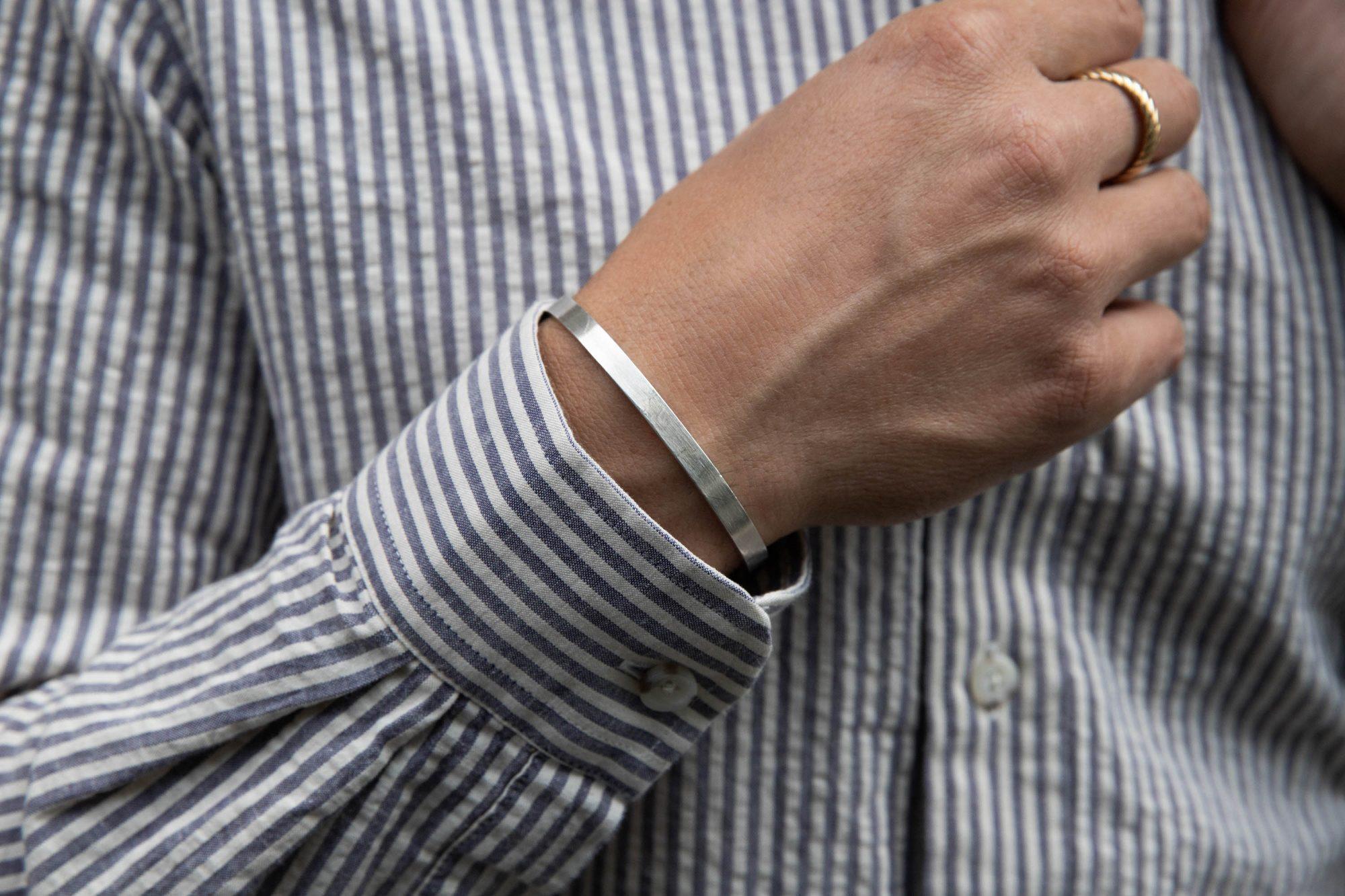 Manche chemise Hast bracelet VGL