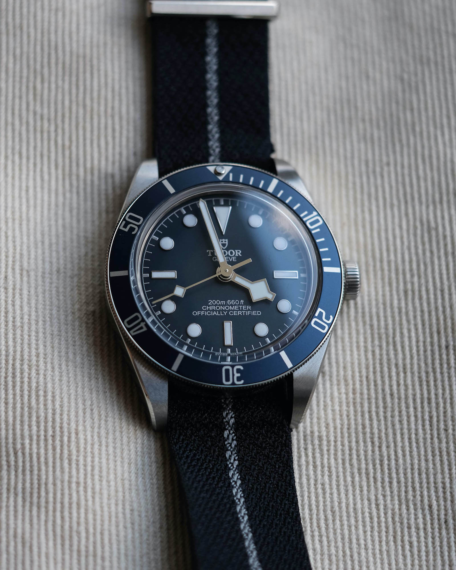 Aiguilles Tudor black bay fifty eight navy blue M79030B
