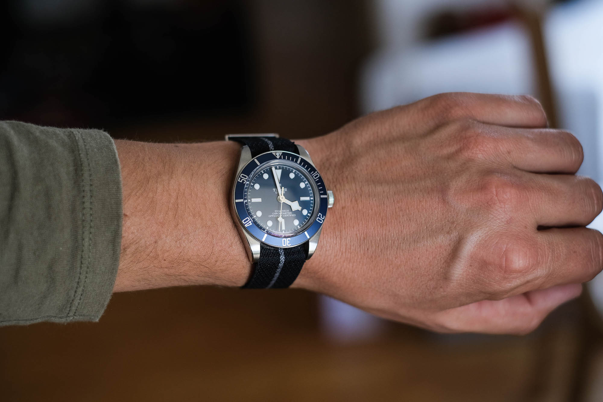 Tudor black bay fifty eight navy blue M79030B portee