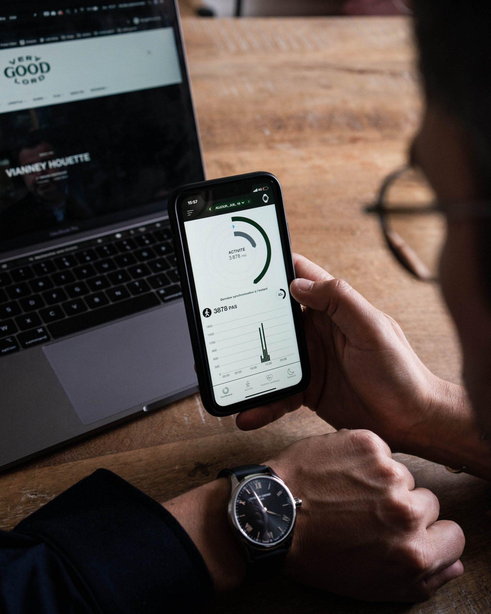 app frederique constant vitality montre connectee