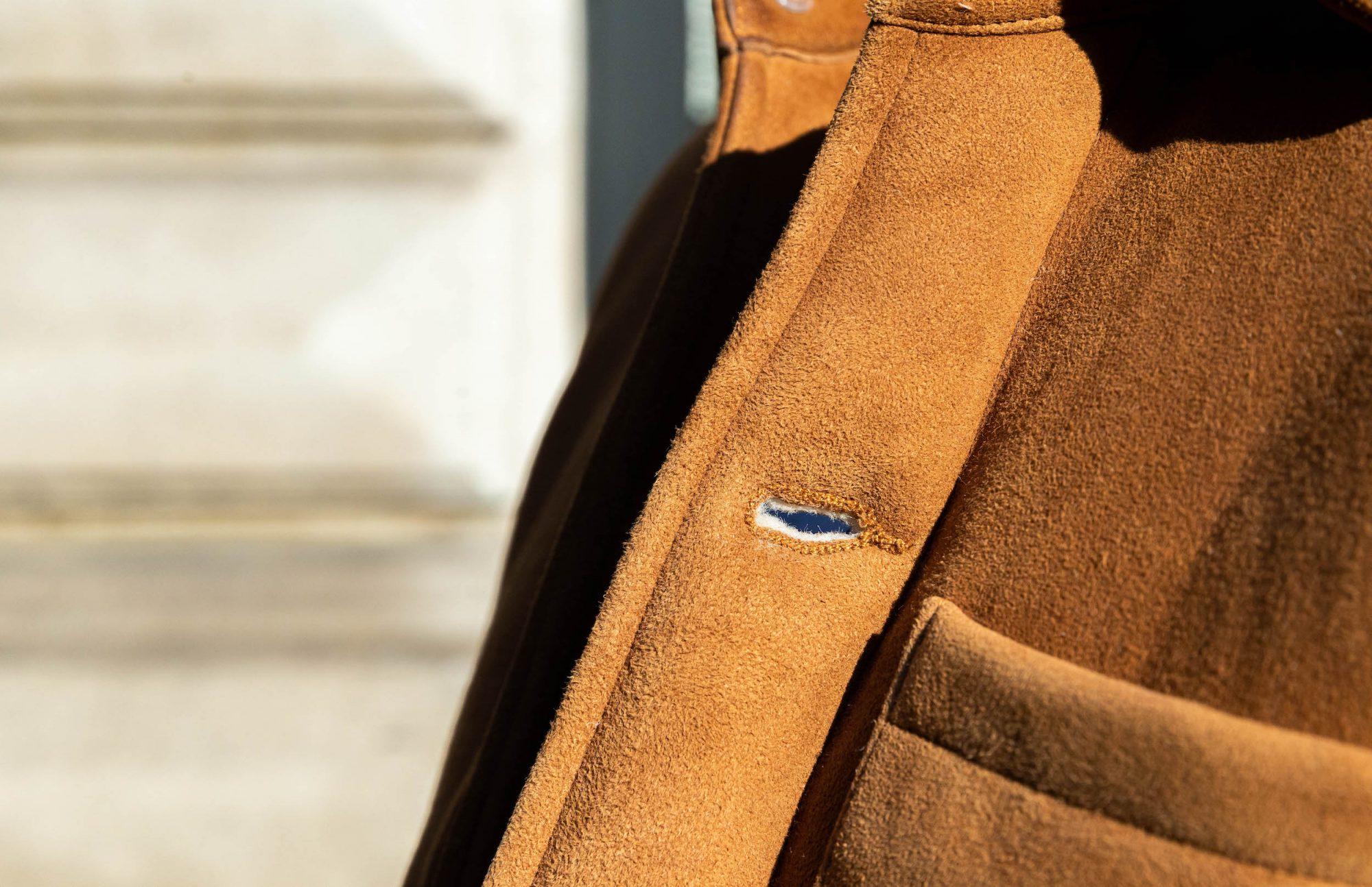 boutonniere veste cuir peau lainee