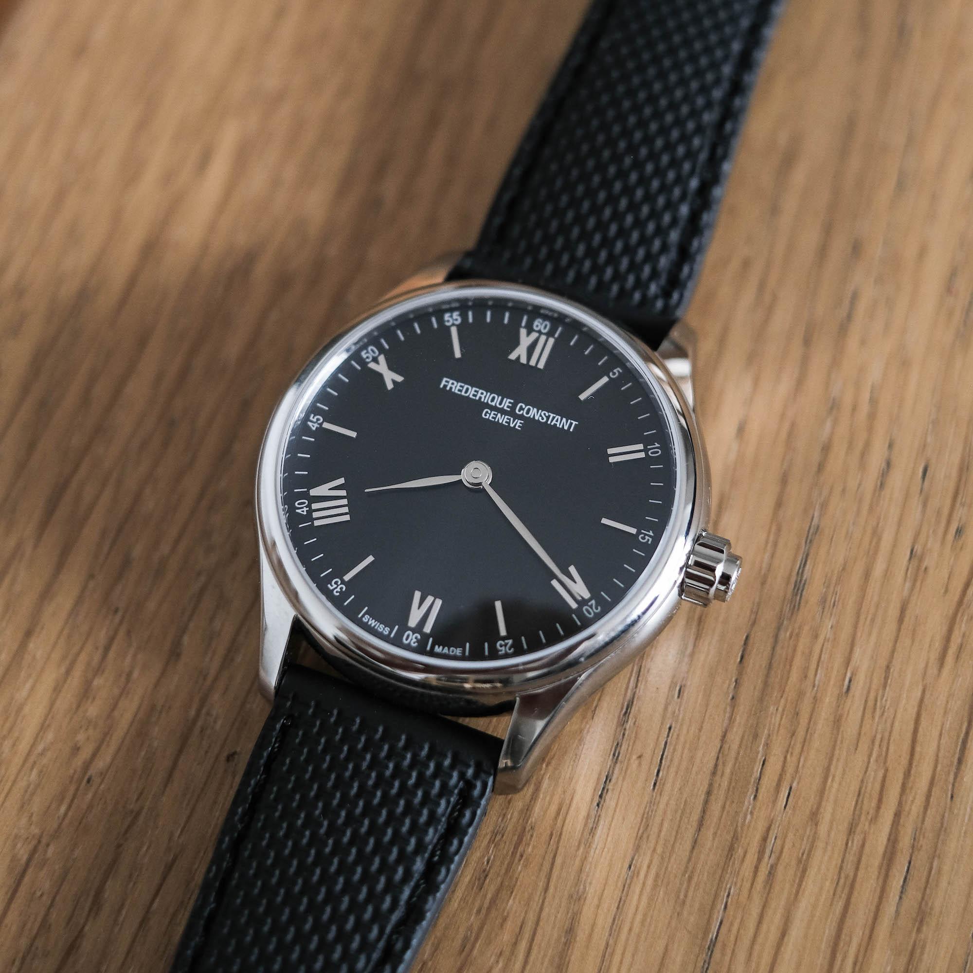 cadran noir frederique constant vitality smartwatch