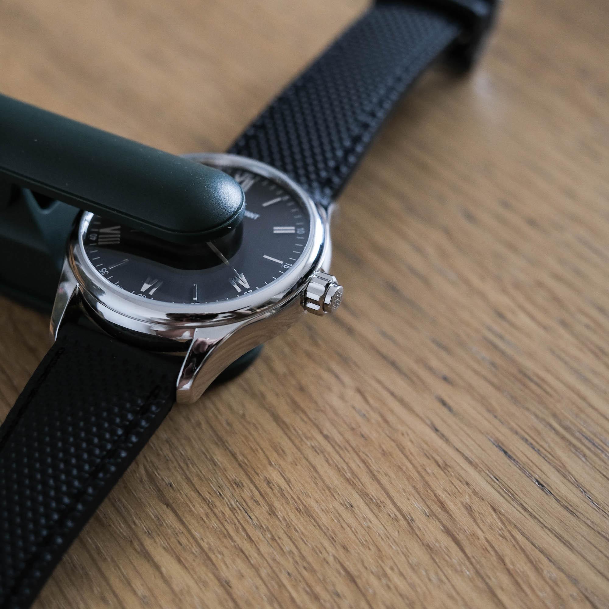 couronne frederique constant vitality smartwatch