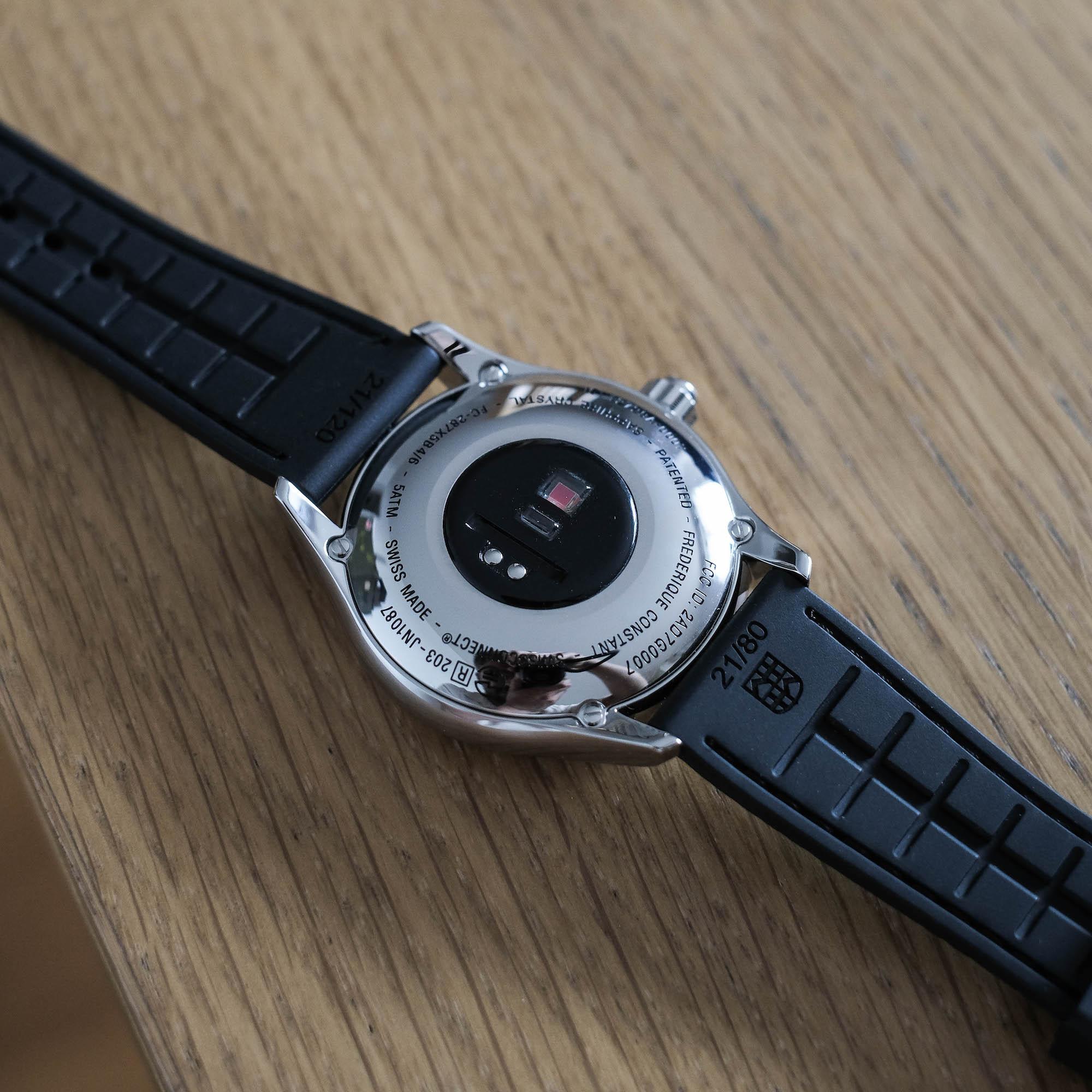 dos boitier frederique constant vitality smartwatch