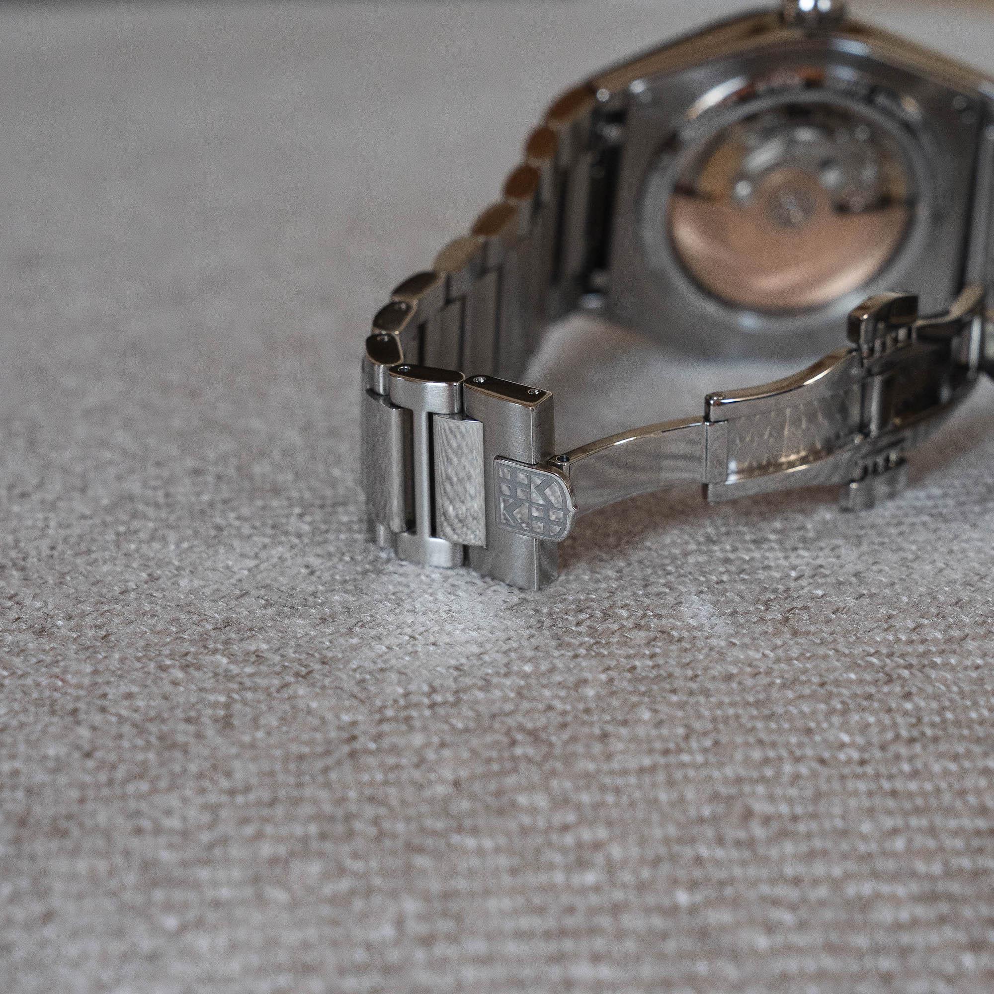 Frederique Constant Highlife bracelet acier