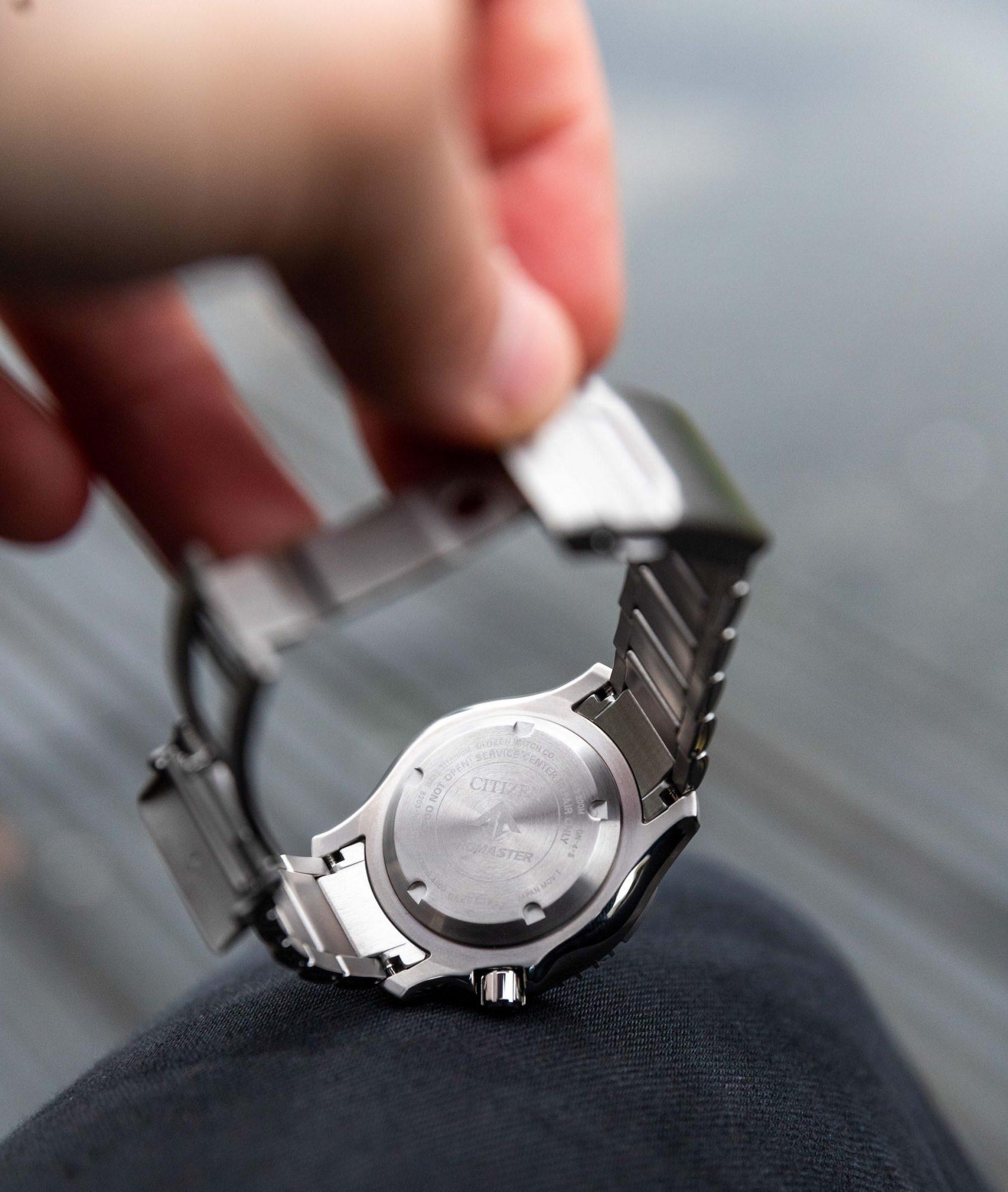 fond visse montre citizen plongee Promaster Diver s NY0100-50XE super titanium